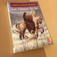 Les Dames du lac de Marion Zimmer BRADLEY (Livre de poche Fantasy)