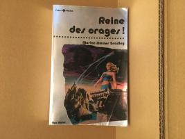 Reine des orages de Marion Zimmer BRADLEY (Super + fiction)