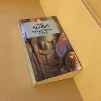 Helliconia, l'été de Brian ALDISS (Livre de Poche SF)