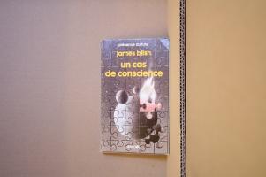 Un cas de conscience de James BLISH, Jean-Michel DERAMAT, Stéphane DUMONT (Présence du futur)