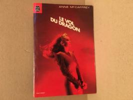 Le Vol du dragon de Anne McCAFFREY (Livre de Poche SF)